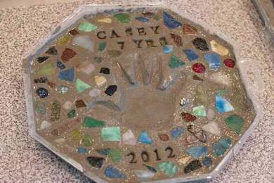 How to Make a Keepsake Cement Stepping Stone