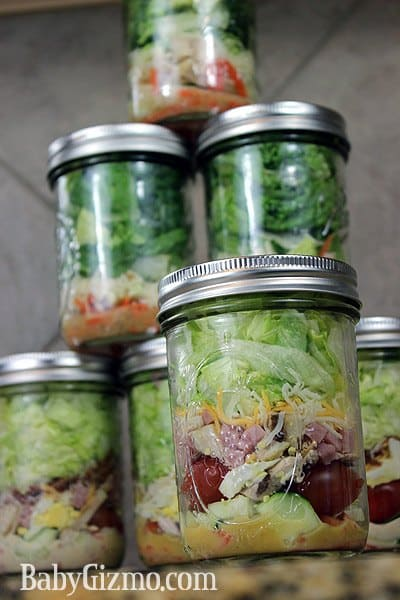 Caesar Salad in a Jar - easy and cheap lunch idea for work