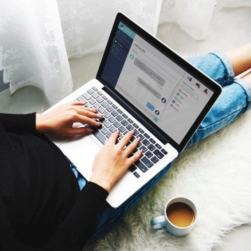 Become a virtual assistant featured , laptop